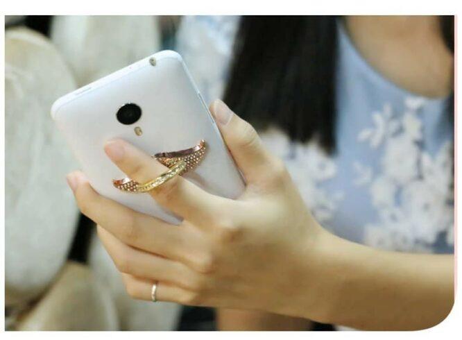 křídla na mobilu