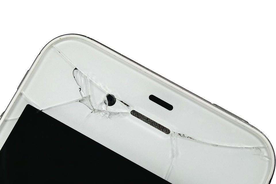 Tvrzené sklo vs. ochranná folie