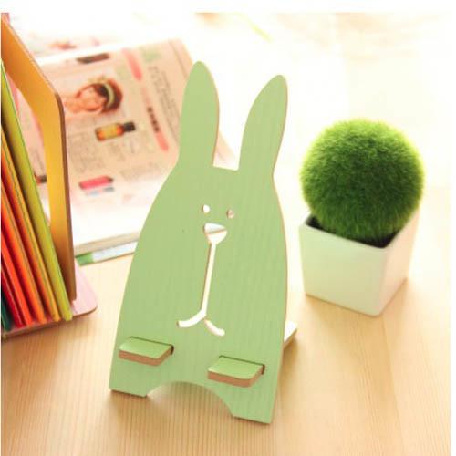 držák na mobil - zajíc zelený